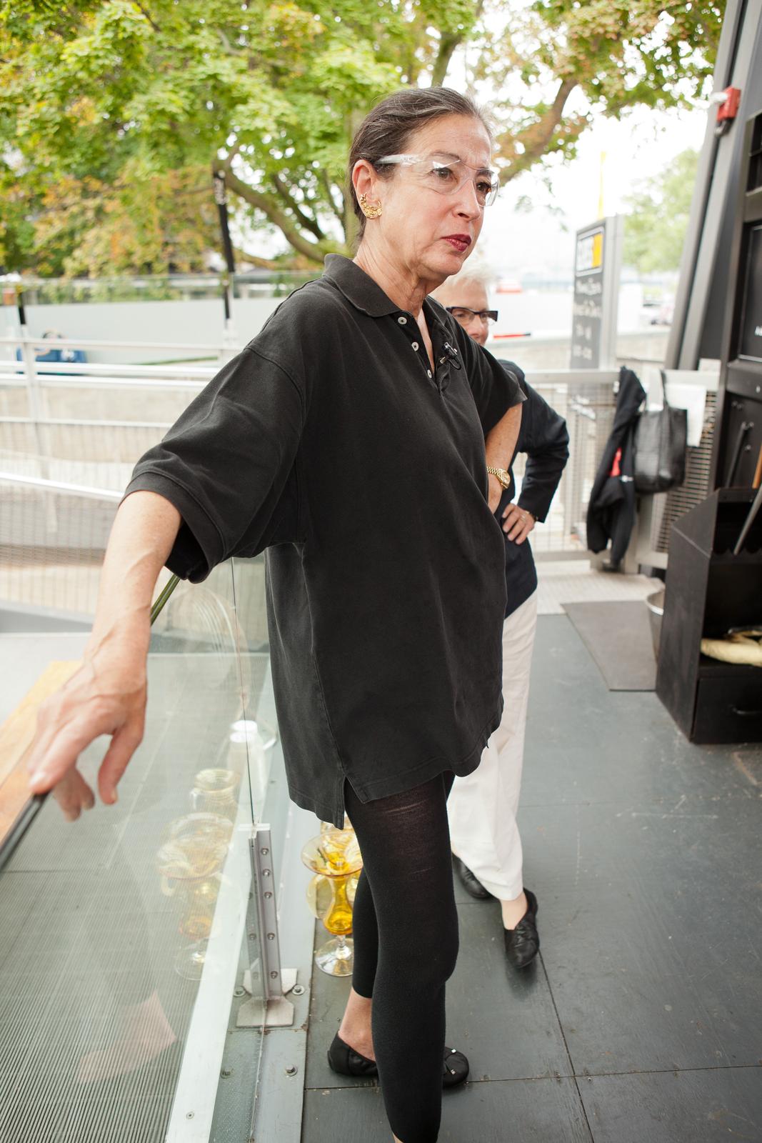 Designer Michele Oka Doner at GlassLab in Corning, August 2012