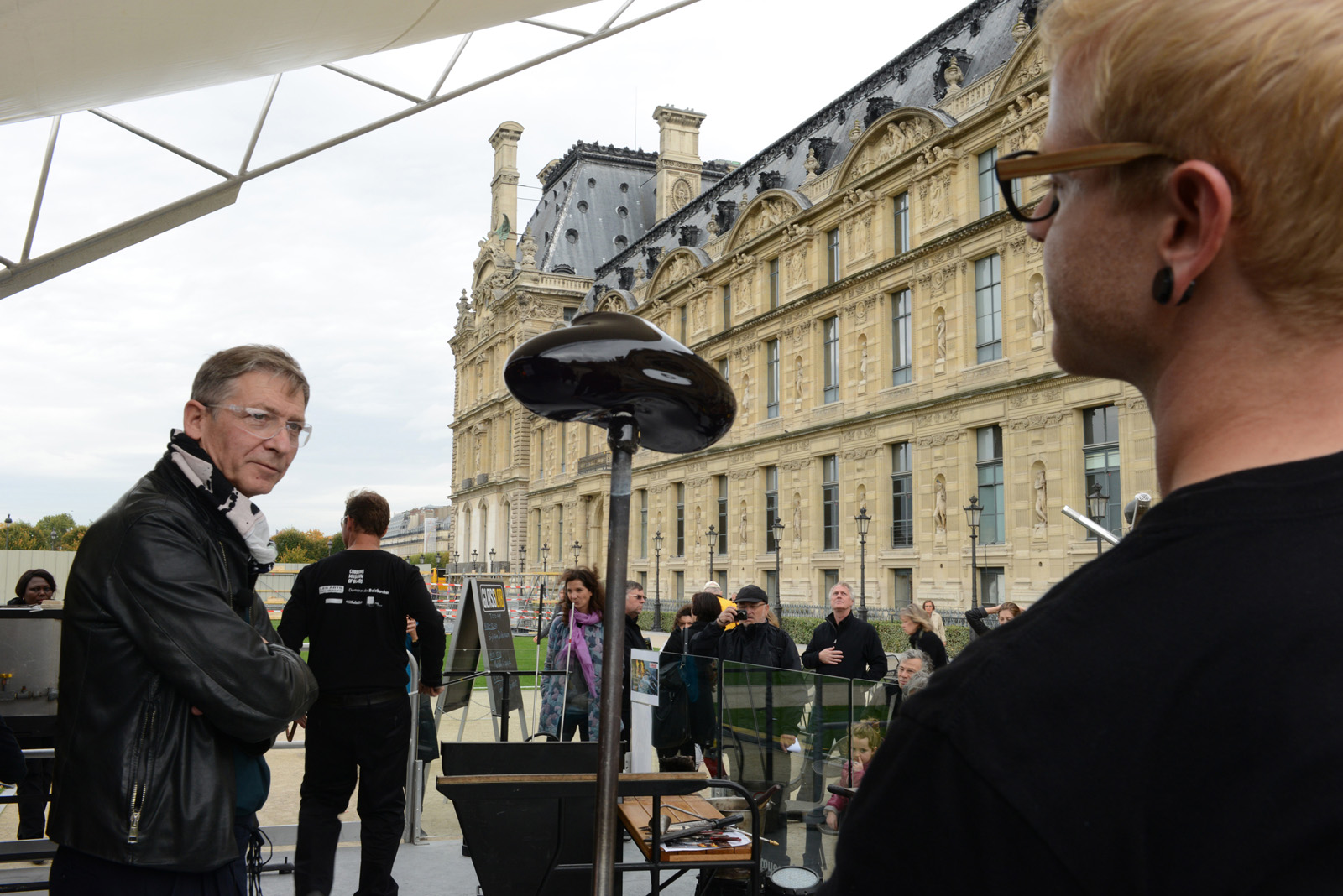 Designer Sylvain Dubuisson  in a GlassLab design session in Paris, 2013. Photo credit Deidi von Schaewen