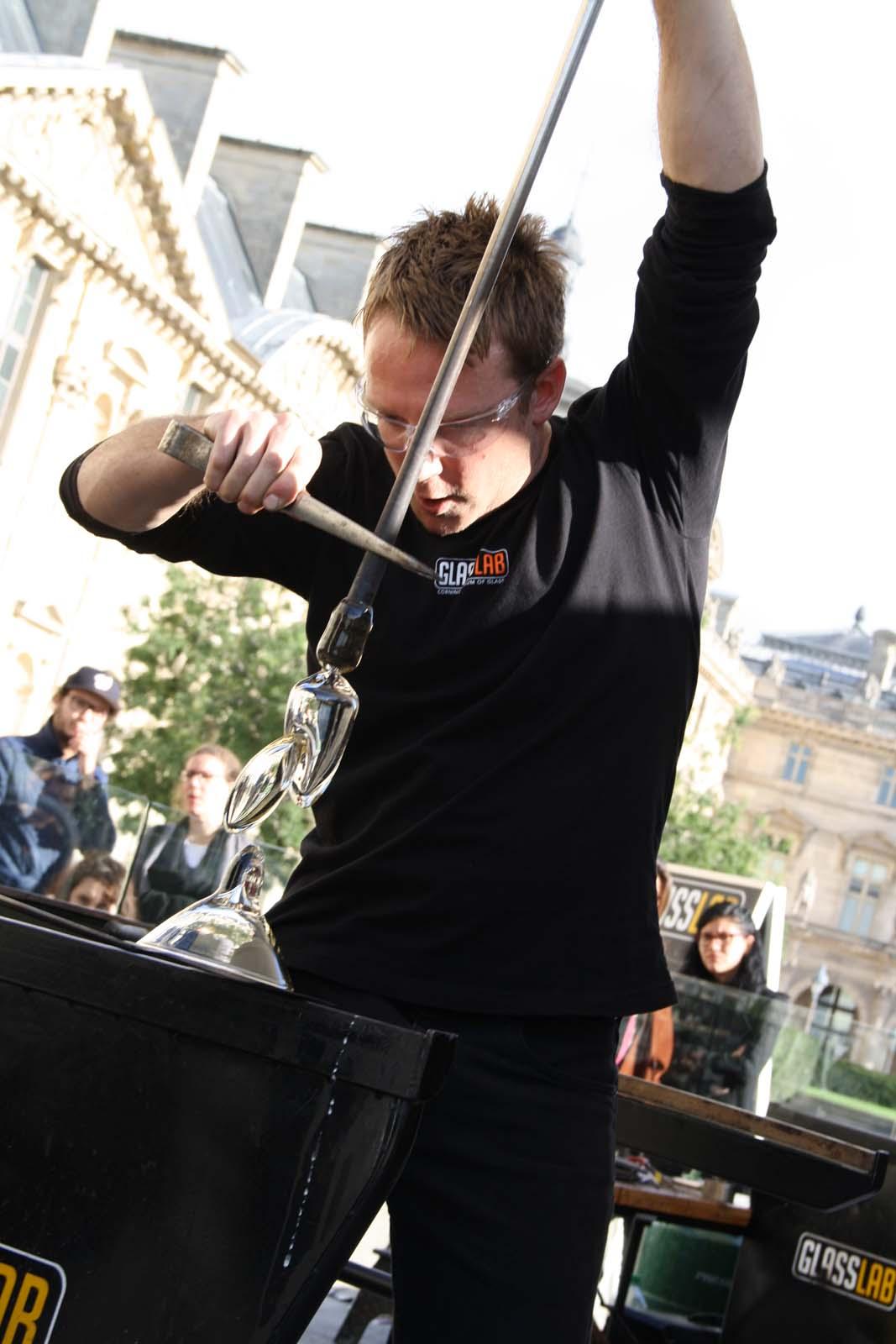 Designer Wendell Castle in a GlassLab design session in Paris, 2013