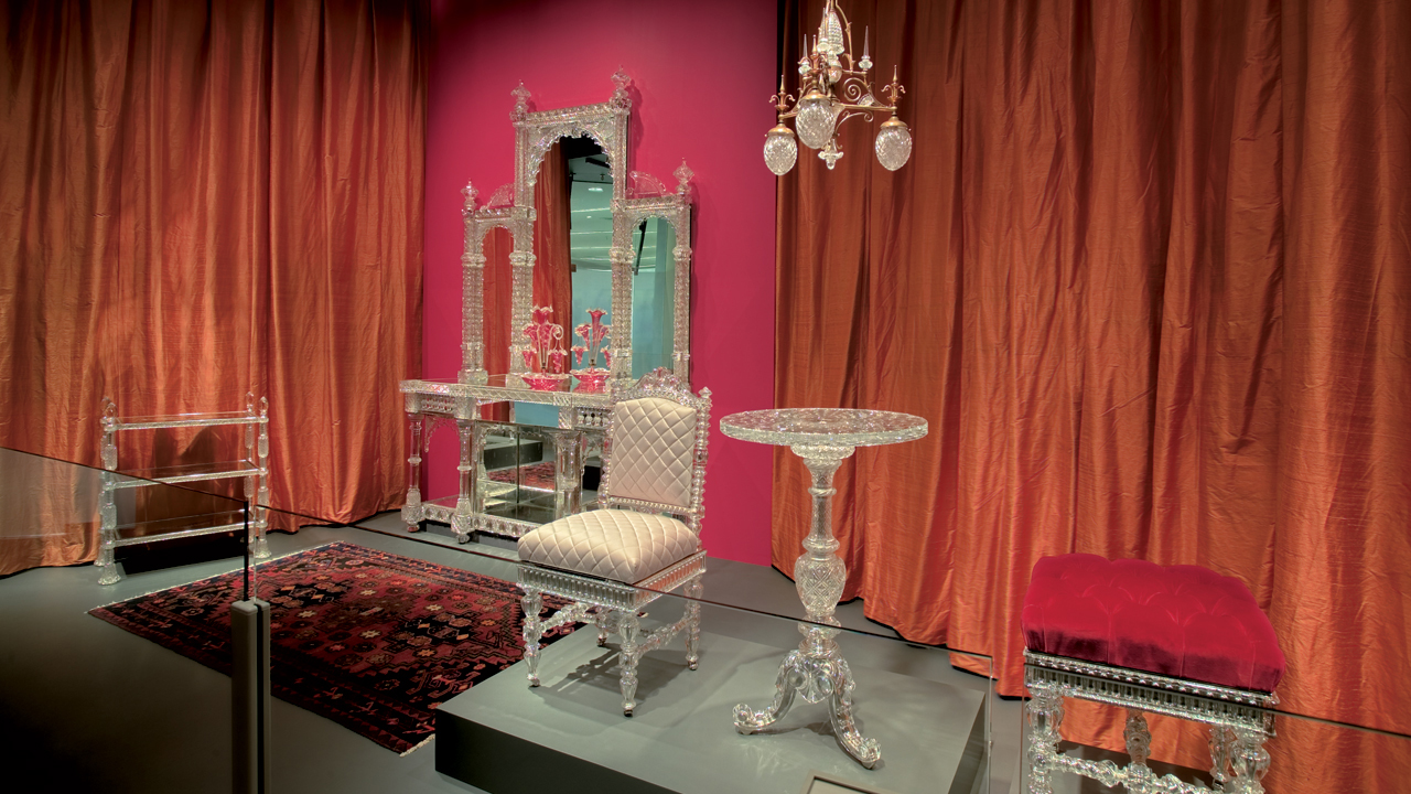 Glass of the Maharajahs: European Cut Glass Furnishings for Indian Royalty