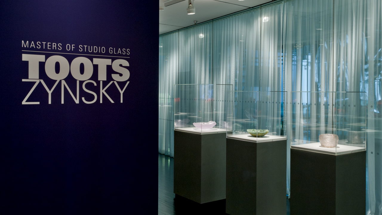 Masters of Studio Glass: Toots Zynsky