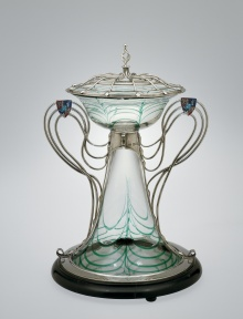 centerpiece designed by Harry Powell for Count Minerbi