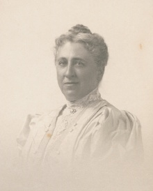 Mary Lee Ware. Photo dated 1907. Rakow Research Library, The Corning Museum of Glass.