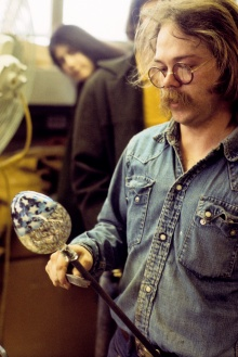 Richard Marquis at the Great California Glass Symposium, University of California, Berkeley, 1976.