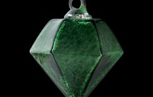 green gem Ornament