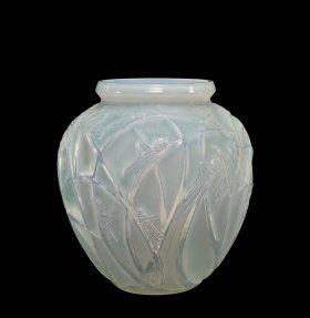 Vase, Sauterelles (Grasshoppers), designed 1912 (59.3.72, gift of Frederick Carder)