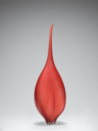 Eve. Lino Tagliapietra (Italian, b. 1934). Italy, Murano, 1998. Blown filigrana glass, cut. H. 71.9 cm, W. 23.1 cm, D. 19.7 cm. Collection of The Corning Museum of Glass, gift of the Ben W. Heineman Sr. Family (2007.3.93)