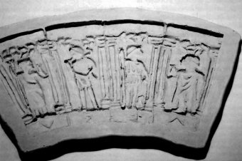 Fig. 2: Plaster cast of modeling clay panels. (Photo: author)