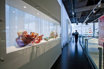 Ben W. Heineman Sr. Family Gallery of Contemporary Glass