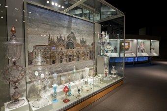 European Glass in 35 Centuries of Glass