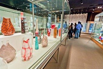 Modern Glass Gallery