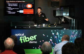 fiber_optic_demo_2671_1500.jpg