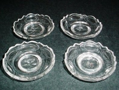 4 Pickle Dishes