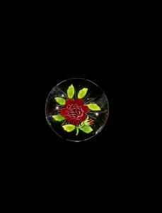 Paperweight with 1000-Petal Rose