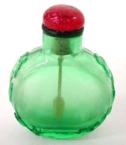 Snuff Bottle with Stopper Spoon