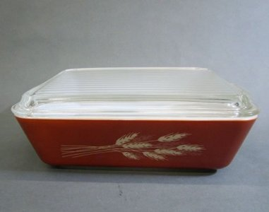 1.5 Liter Pyrex Refrigerator Dish