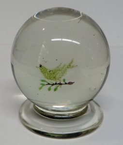 Paperweight with a Bird
