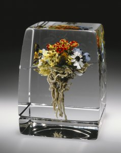 Coronet bouquet botanical cube; summer field arrangement [picture].
