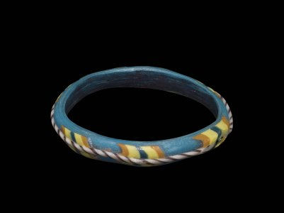 Bracelet with Striped Patches and Twisted Cane