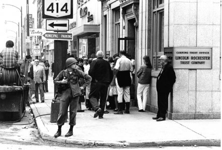 [Corning residents wait in line at Corning Trust Office, Lincoln Rochester Tust Company on Market Street] [picture].