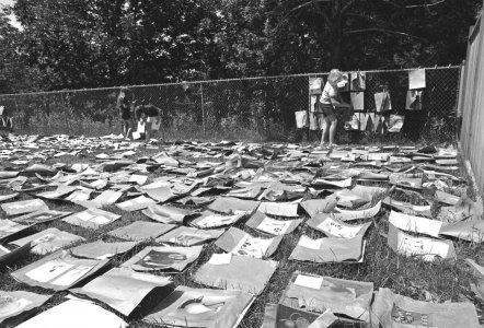 [Museum volunteers drying prints] [picture].