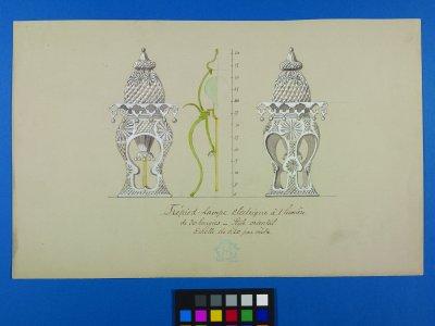 Trépied-lampe electrique á 1 lumière de 30 bougies [art original]: style oriental echelle de 0.20 par mètre.