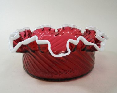Cylindrical Bowl with Ruffled Rim