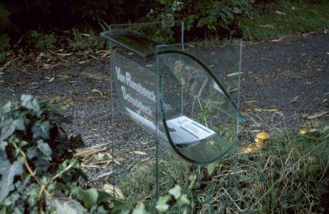 Mailbox [slide].