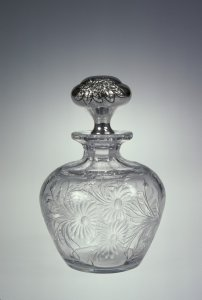 """Cologne Bottle with Stopper in """"RC Daisy"""" Pattern"""