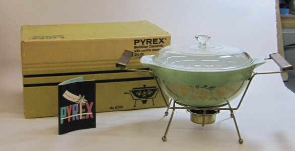 2-1/2 Quart Pyrex Casserole with Candlewarmer in Original Box