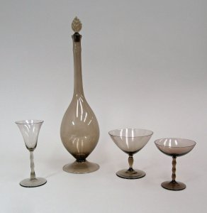 """Astrid"" Decanter with Stopper and 3 Goblets"