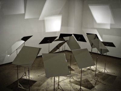 The light and silence in sound [picture].