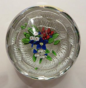 Paperweight with Bouquet