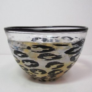 Bowl with Animal Print Decoration