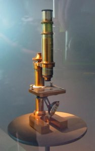Replica of Zeiss Stativ VII Microscope in Wood Case with Key