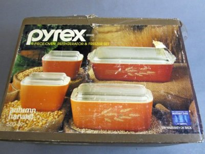 Pyrex Refrigerator Dish Orginial Box