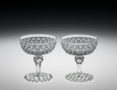 "2 Champagne Glasses in ""MacDonald"" Pattern"