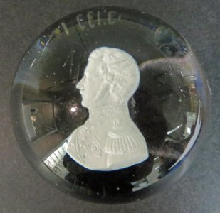 Paperweight with Sulphide of Prince Albert