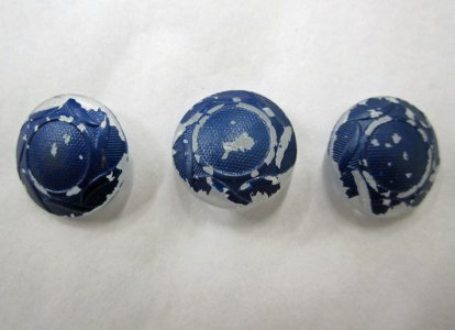 3 Coloroless and Blue Buttons