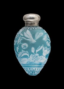 Cameo Scent Bottle with Swan and Dragonfly