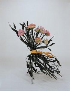 Mazzo Sporgente (Leaning Bouquet)