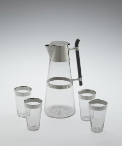 Traveling Set with Decanter and Four Glasses