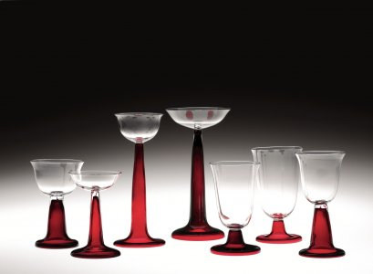 Set of Drinking Glasses with Ruby Glass Feet