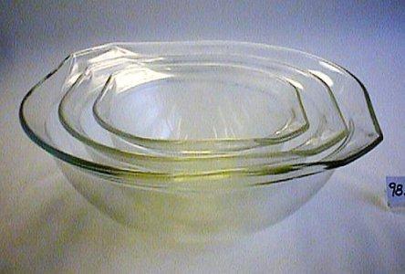3 Pyrex Mixing Bowls