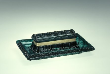 Inkstand with Pen Tray