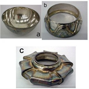 Bowl with 2 Separate Feet