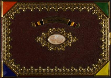 [Presentation volume] à Monsieur Arthur Brancart, administrateur délégué de la Société anonyme des verreries de Fauquez de son client fidèle Ed. Steiner & Söhne, Vienne (Autriche).