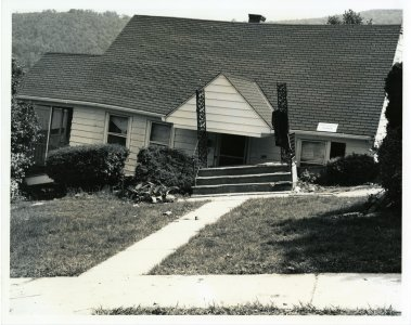 [Home off foundation in Houghton Plot] [picture].