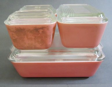 Pyrex Refrigerator Dishes with Lids