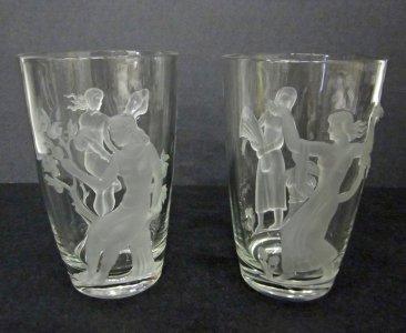 2 Season Vases